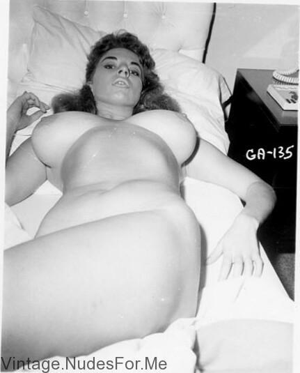 Huge vintage tits - Vintage Nude